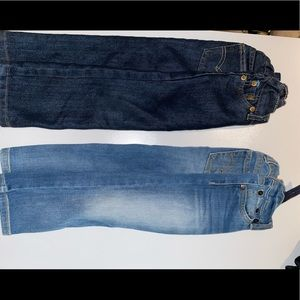 2 pairs of Levi's